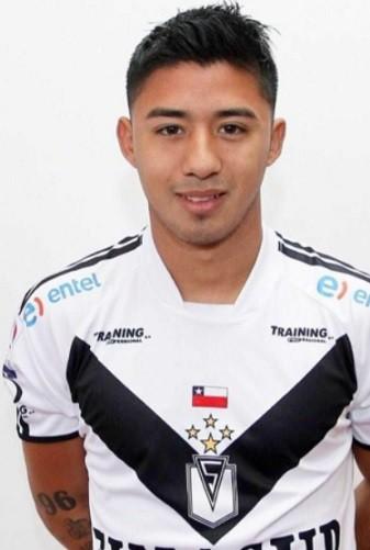 Breves: Jugador de Santiago Morning parte del club, doblete de Abreu da la vuelta al mundo