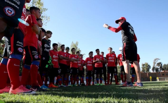 Cuatro equipos de Primera B aportan jugadores la selección chilena sub 15