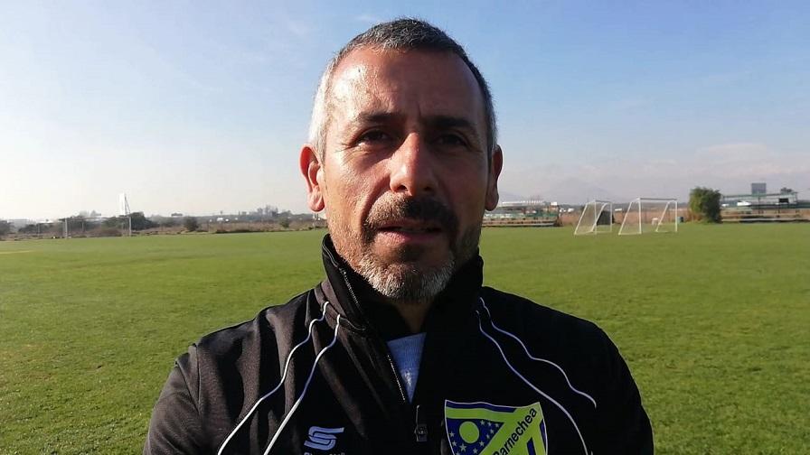"Hernán Peña, nuevo director técnico de Barnechea: ""Ojalá salir campeones"""