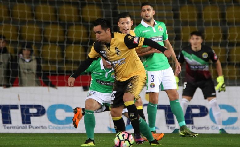 Del cielo a la tierra: Coquimbo Unido fue goleado en Copa Chile por Audax Italiano