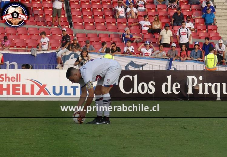 "La defensa de Héctor Adomaitis a Gonzalo Lauler: ""El que lo erra es el que lo patea"""