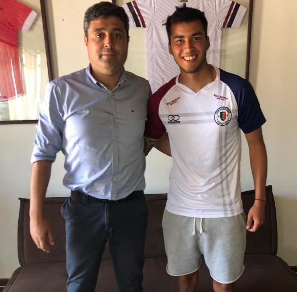 Santa Cruz anuncia el despido de dos futbolistas y separa a un jugador del plantel