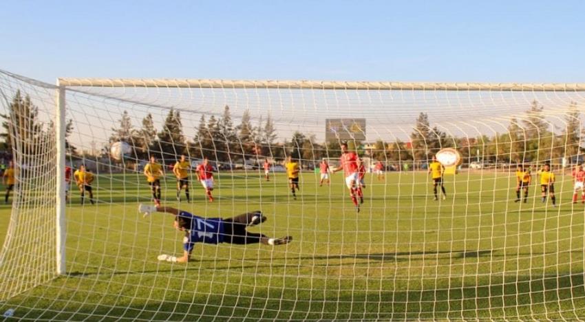 """""""Ir a entrenar será más seguro que ir al supermercado"""": La ANFP se la juega por el retorno del fútbol"""