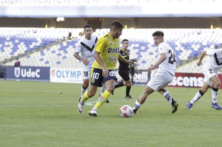 Universidad de Concepción y Santiago Morning animaron una guerra de goles en el Ester Roa Rebolledo