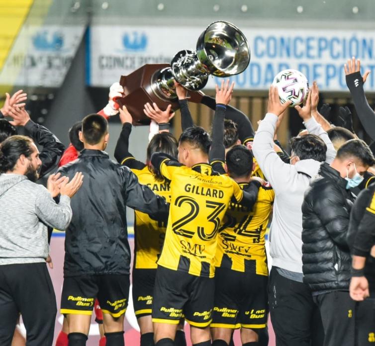 (Fotografías) Fernández Vial se quedó con la Copa Nelson Acosta